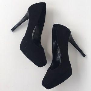 Jennifer Lopez Soft Black Platform Heels